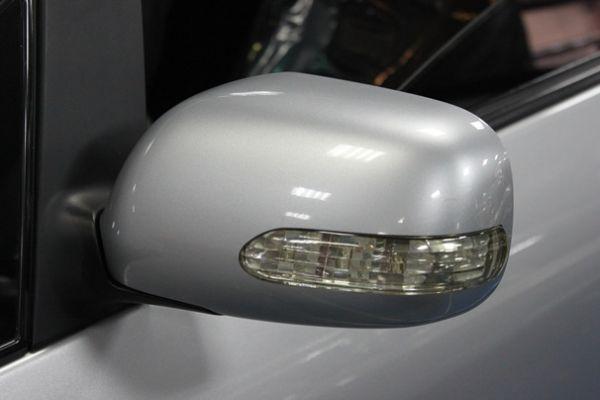 豐田 WISH 2.0 銀色 照片4