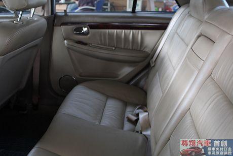 Ford 福特 Tierra LS 照片4