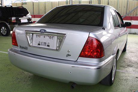 Ford 福特 Tierra LS 照片6