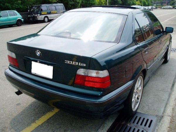 BMW 318is  照片3