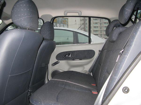 運通汽車-2004年-雷諾-Clio 照片4