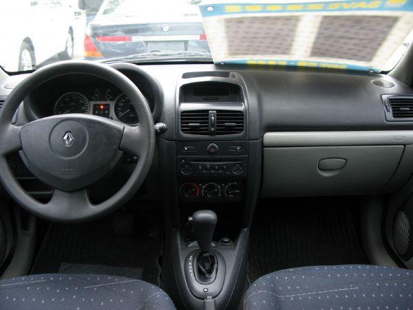 運通汽車-2004年-雷諾-Clio 照片5