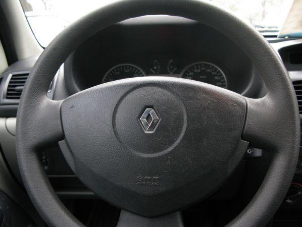 運通汽車-2004年-雷諾-Clio 照片6