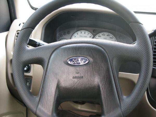 運通汽車-2005年-福特-Escape 照片6