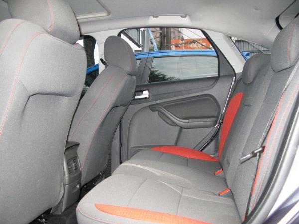 運通汽車-2009年-福特-Focus 照片4