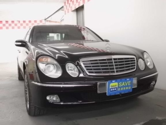 2003 賓士 E240 2.6 黑 照片1
