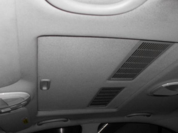 2003 賓士 E240 2.6 黑 照片2