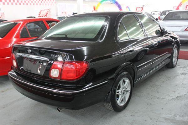 01日產Sentra1801.8 黑色 照片6