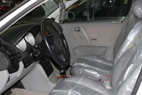 01 VW 福斯  Polo 1.4 白 照片2