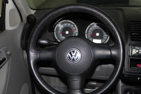 01 VW 福斯  Polo 1.4 白 照片3