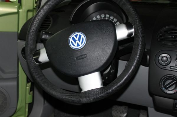 01 VW福斯  Beetle2.0綠 照片4