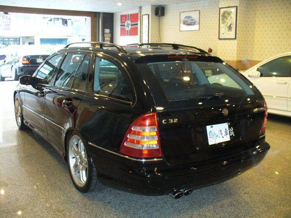 04年Benz/朋馳C32 AMG 照片3