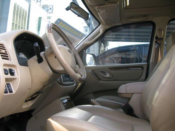 運通汽車-2005年-福特-Escape 照片3
