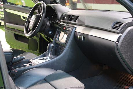 Audi 奧迪 A4 1.8T Avan 照片6