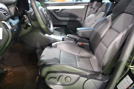 Audi 奧迪 A4 1.8T Avan 照片7