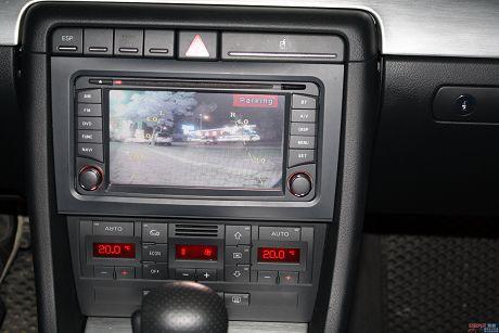 Audi 奧迪 A4 1.8T Avan 照片8
