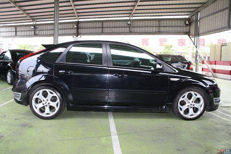 Ford 福特 Focus ST 照片5