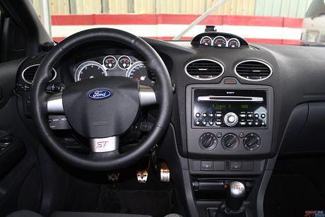 Ford 福特 Focus ST 照片8