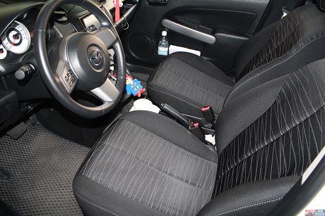 Mazda 馬自達 2 照片7