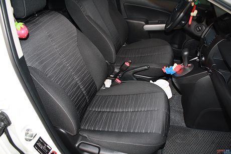 Mazda 馬自達 2 照片8
