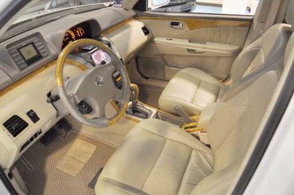 2005日產2.5L休旅車 照片3