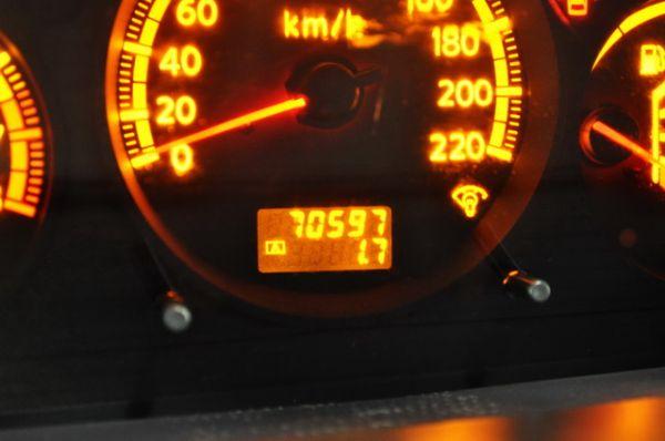 2005日產2.5L休旅車 照片4