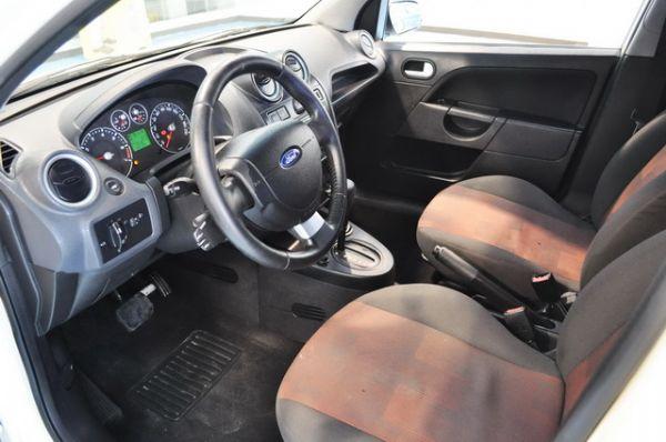 2006福特進口小車 照片3