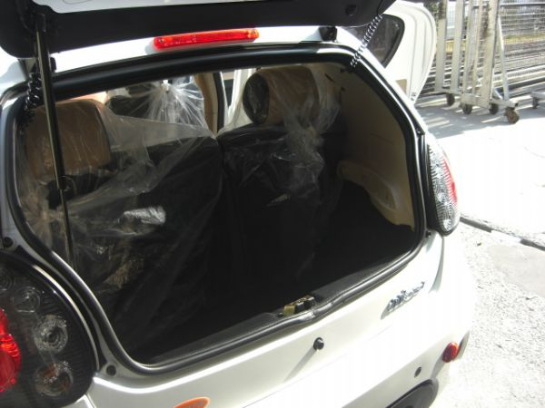 SUM聯泰汽車~2010年 M'CAR 照片9