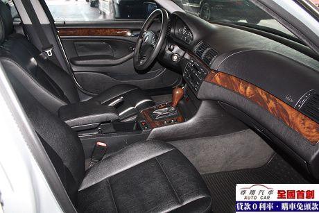 BMW 寶馬 3系列 320 照片10
