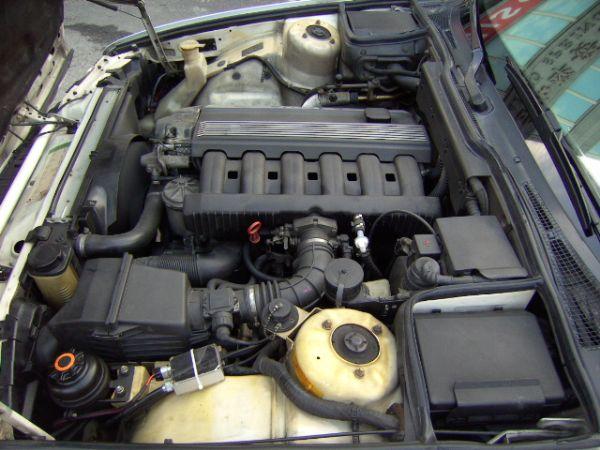 93年 BMW520I 保證原廠手排,驗 照片10