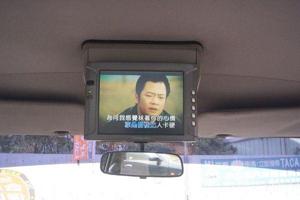 1.8自排.頂級VCD客貨休旅三用車 照片6