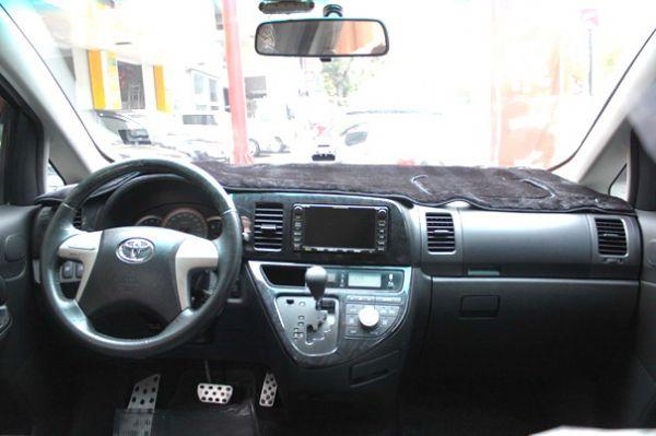 Toyota 豐田 Wish 照片5