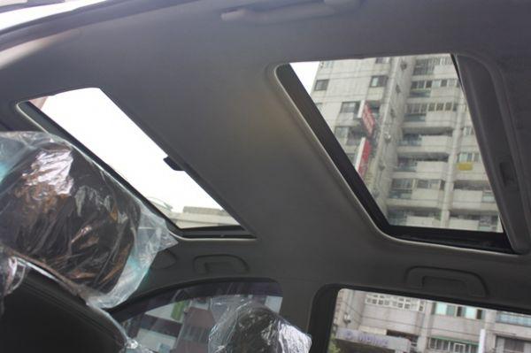 Toyota 豐田 Wish 照片8