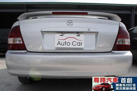 Mazda 馬自達 323 照片5