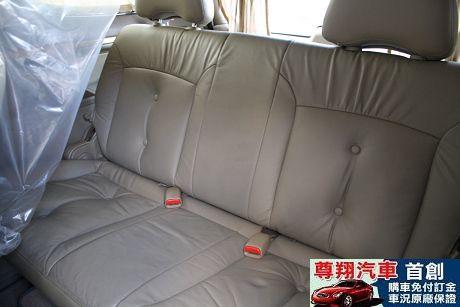 Nissan 日產 Serena QRV 照片7