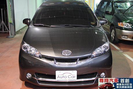 Toyota豐田 Wish 照片8