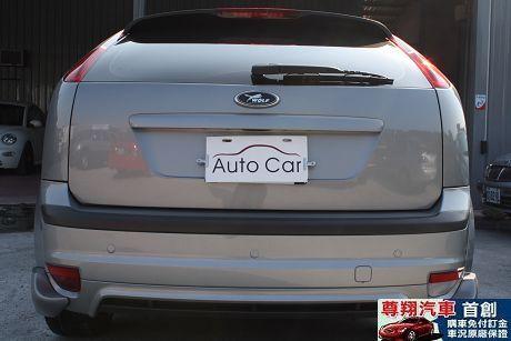 Ford 福特 Focus 2.0 照片4