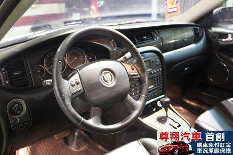 Jaguar 捷豹 X-Type 照片5