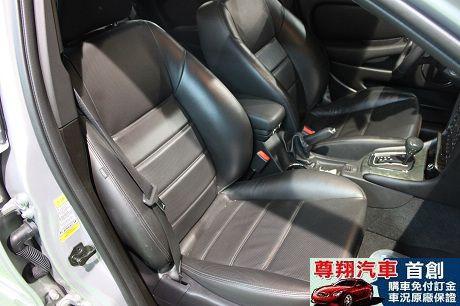 Jaguar 捷豹 X-Type 照片7