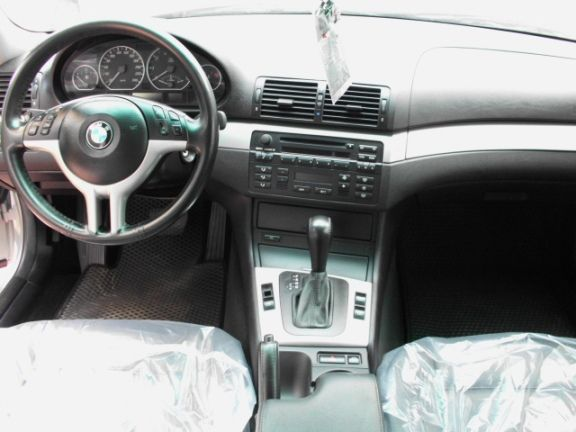 2005  BMW 330CI 3.0銀 照片5