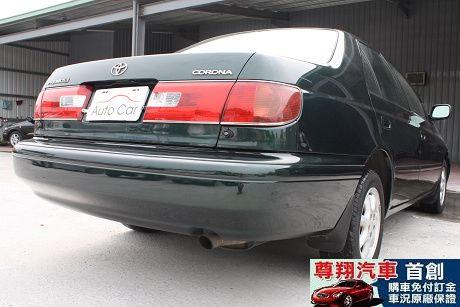 Toyota豐田 Premio 照片5