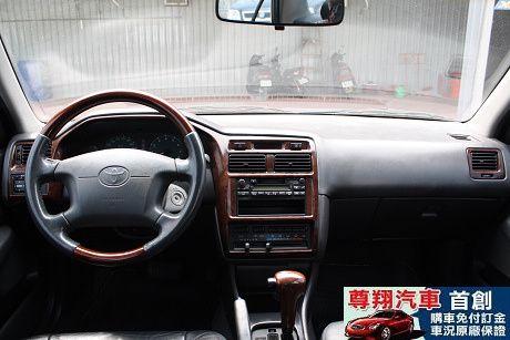 Toyota豐田 Premio 照片9