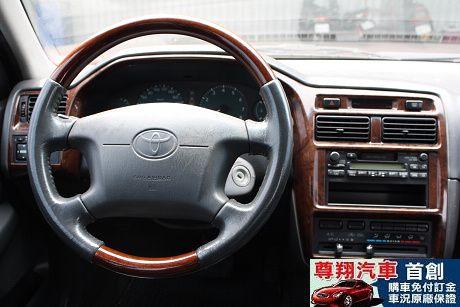 Toyota豐田 Premio 照片10