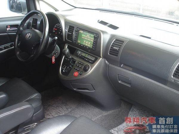 Toyota豐田 Wish  照片9