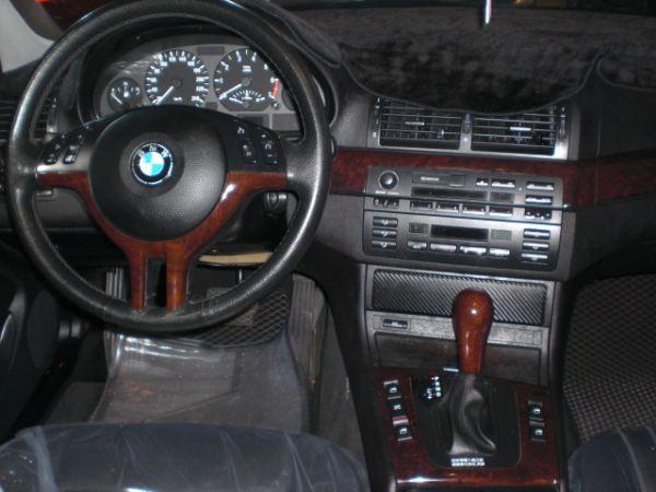 2003 BMW 318 2.0白  照片5