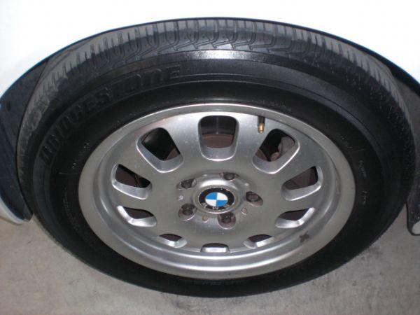 2003 BMW 318 2.0白  照片9