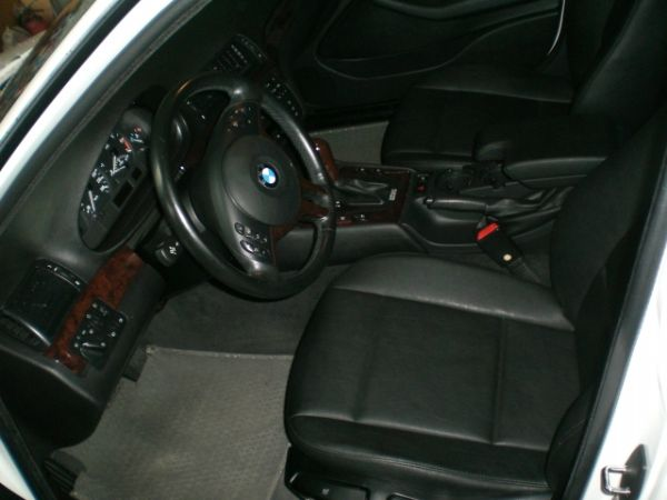 BMW 寶馬 318i 照片5