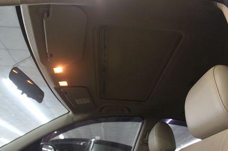 Mazda 馬自達 3 2.0 照片9
