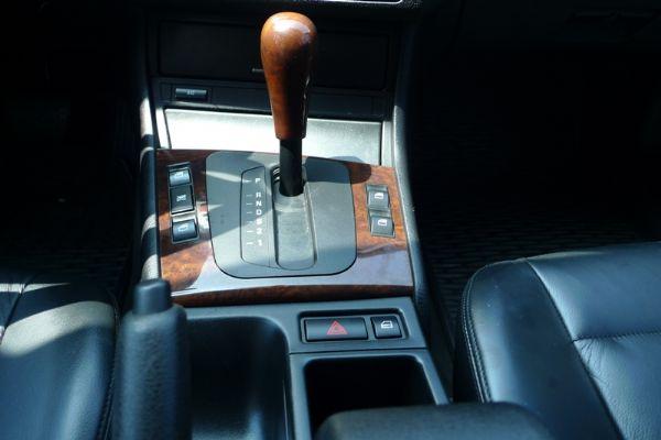 99 BMW 318 E46型 照片9
