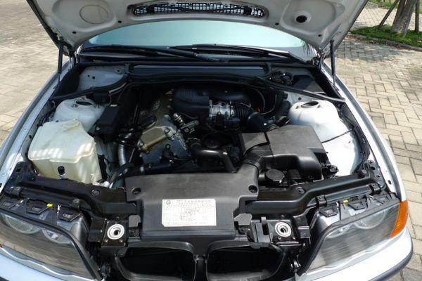 99 BMW 318 E46型 照片10